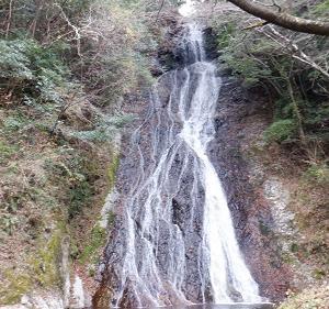 高千穂の観光スポットを訪問!駐車場からも近い【常光の滝】