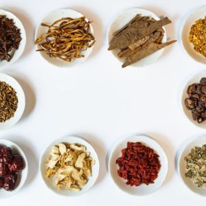 【体質改善】漢方ダイエットの効果とは?|体質別オススメ漢方を解説