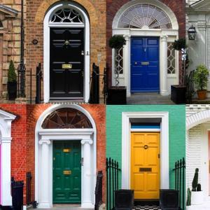 ■玄関ドアの塗装