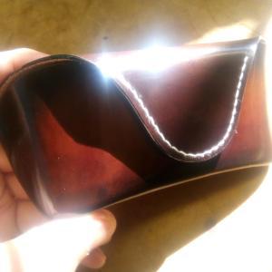 革職人が自分用に作ったメガネケース