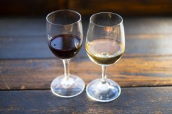 ワインは長く置くほど美味しくなる?