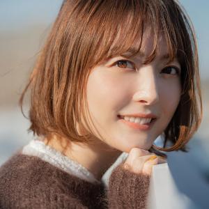 【悲報】花澤香菜さん、顔がシワシワ😭 (※画像あり)