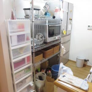【事例】キッチンは収納用品を増やさず、モノの整理と収納の仕方を見直しスッキリさせる!
