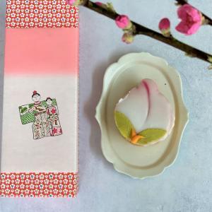 【長崎】雛祭りには松翁軒の季節限定「桃カステラ」を。