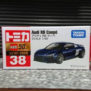 トミカNo.38 『AUDI R8 COUPE (通常版) 』 ☆