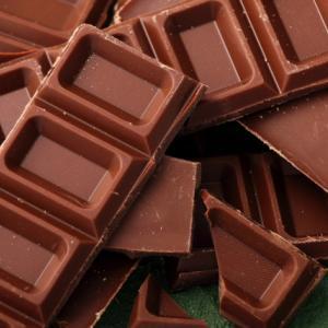 チョコレートの食べ過ぎをやめたいのにやめられない理由
