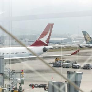 【香港最新情報】「キャセイ外国人客室乗務員、ビザ更新認められず」