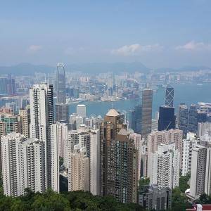 【香港最新情報】「香港成人の平均資産、391万ドル」