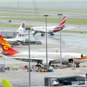 【香港最新情報】「香港航空、上海便で爆弾脅迫」