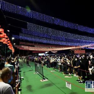 【香港最新情報】「中秋節、ビクトリア公園は深夜まで賑わう」