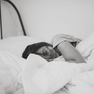 子育て中の睡眠時間