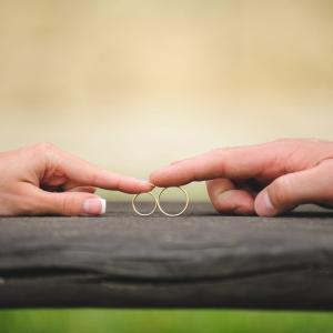 ゆきぞら夫婦の生活について~医師夫婦の別居理由とは?~