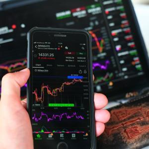 投資家が立ち向かうべき『FOMO』の心理とは