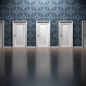 『TINA』が支配する投資環境の終わりはいつ来るのか
