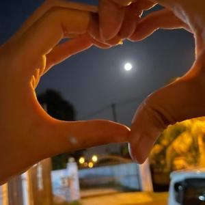 月を眺めて月餅を頂く中秋節✨Part③❤️