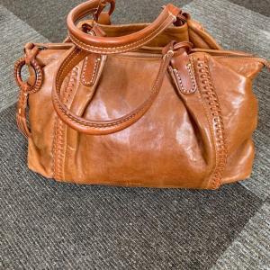 GENTEN(ゲンテン)のバッグ、素材と会社の考えが好き