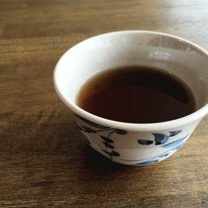 番茶ってどんなお茶? 煎茶やほうじ茶との違いから美味しい淹れ方までご紹介