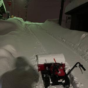 大雪3日目・・・止まない