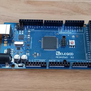 Arduino MEGA 2560を紹介