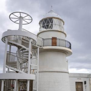 「日本の灯台の父」が建てた最初の灯台、樫野崎灯台