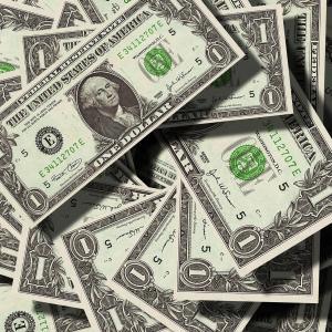 【海外両替マネーバンク】海外留学生必見!お金の両替ってどこでするの?