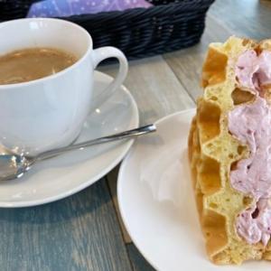 【Blauw(ブラウ)】婦中町の都会的なワッフルカフェを食レポ!