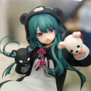 F:NEX くまクマ熊ベアー ユナ フィギュアサンプル展示