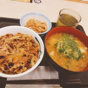 朝はお得に!! 松屋でミニ牛めし&豚汁セット(+ミニ牛皿)
