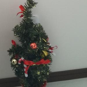 今年のクリスマスはダイソーツリーだったけど好き放題でよかった。