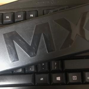 やっぱり日本語配列のキーボードやめた。