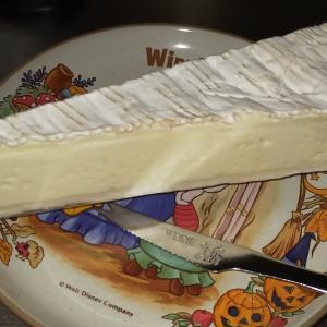 【フランス産】白カビチーズの『エルミタージュ』が旨い