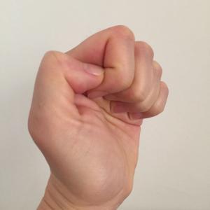 手の握りを写真で比較