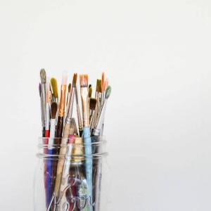 アーティスト支援制度:創作活動のサポート情報
