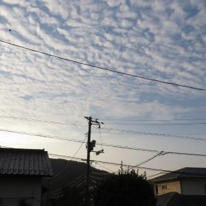 この雲の名前は/広島の空は今朝は綺麗です/2019/10/7 7:00の空の風景