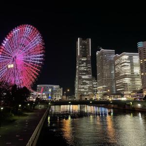【横浜】桜木町の観覧車「コスモクロック21」夜景フォトスポット