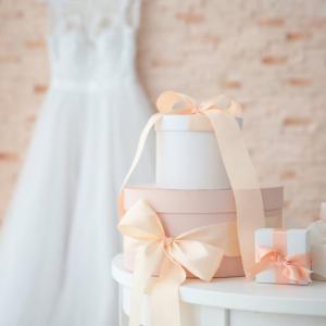 結婚式を欠席する場合に贈るプレゼント!元ウェディングプランナーおすすめ5選