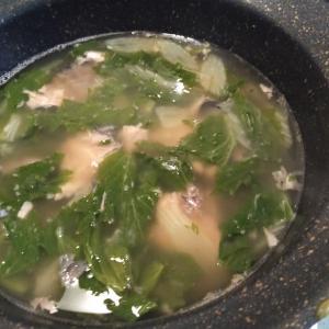 17.さば缶とセロリのスープ 〜セロリの葉っぱはビタミンBあるって〜