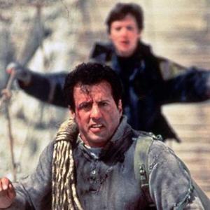【映画】「クリフハンガー(Cliffhanger)」(1993年) 観ました。(オススメ度★★★☆☆)
