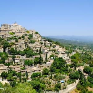 美しき丘の村「ボニュー」Bonnieux|konny 旅、ときどき日々のこと。 より 【フランスの最も美しい村】ゴルド「Gordes」天空の城と呼ばれる村 へのコメント