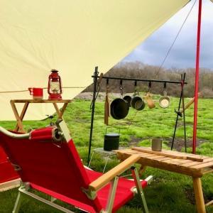 赤好き必見!【赤いキャンプ道具一覧】お勧めの赤・ベージュのキャンプ道具・テント・タープ