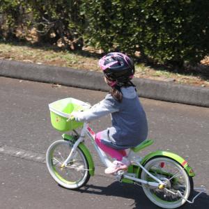 5歳の娘が自転車に乗ることができました!自転車に乗られるようになるまでの経緯を解説します。