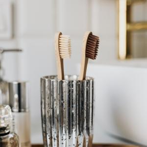 コロナ時代の 歯磨きに関する新しい予防法。エアロゾルの怖さ。