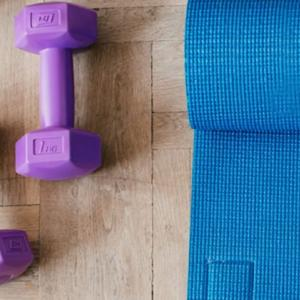 フィットネス Let's work out!