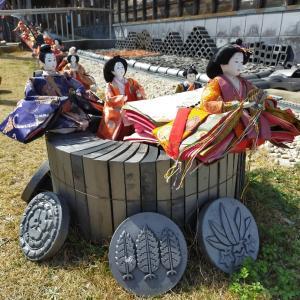 「瓦とひなまつり」 in 南あわじ市産業文化センター