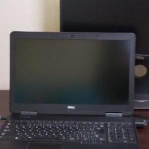 ダイソーで買ったパソコングッズ&パソコンデスク