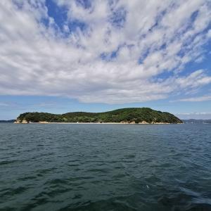 瀬戸内に浮かぶ無人島「くじら島」 1日1組限定 プライベートな旅