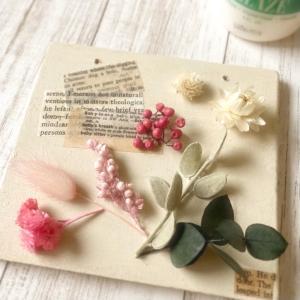 癒しと和みの春色壁飾り
