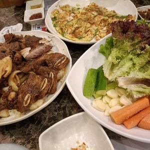アブダビの韓国料理店で焼肉ディナー
