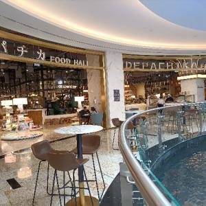 ドバイにデパ地下が【Nakheel mall】