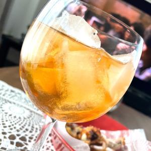 ジャンクな昼飲みと、初めて飲むお酒たち♡